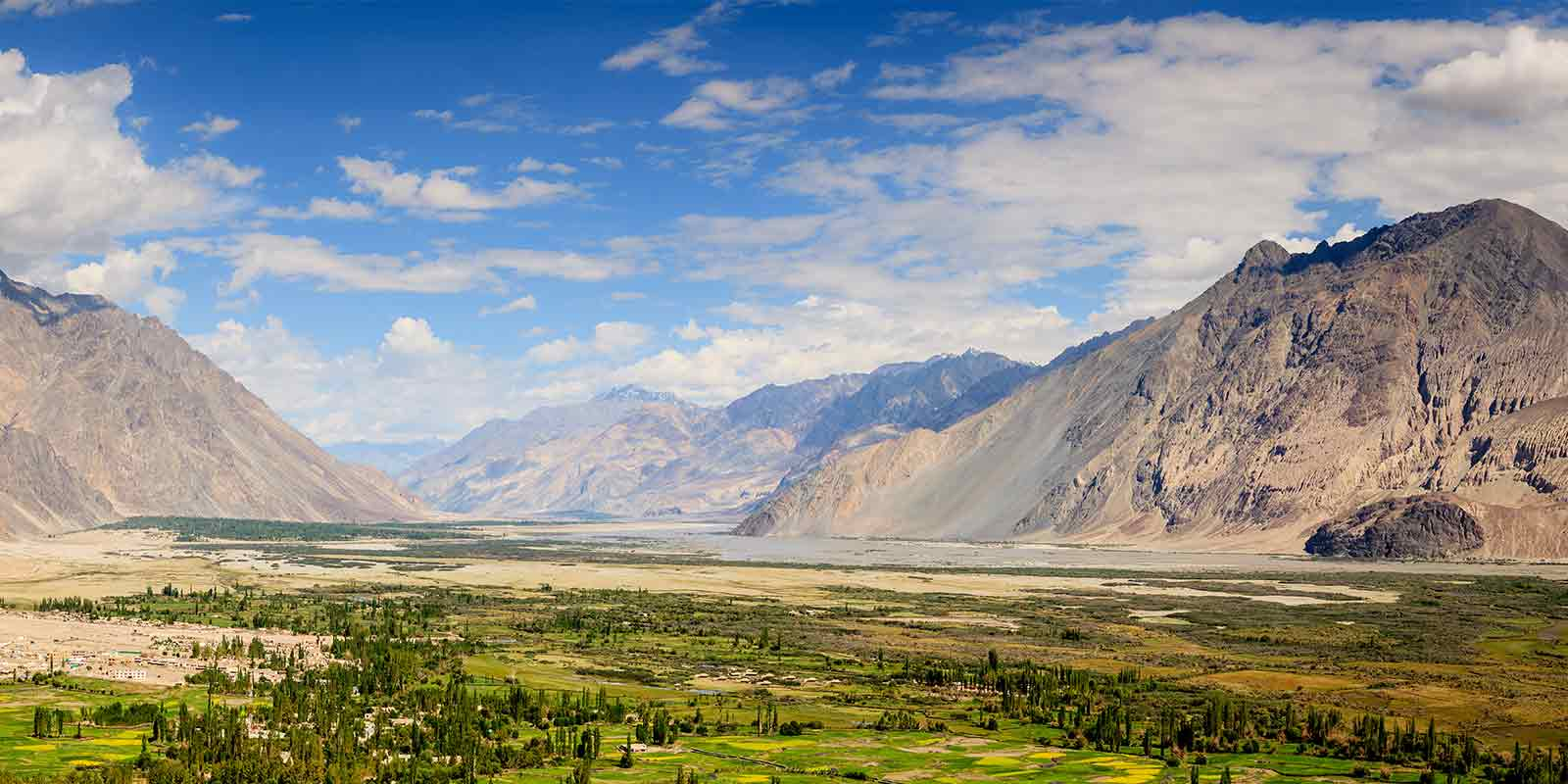 Mountain scenery in Nubra Valley, Ladakh, India