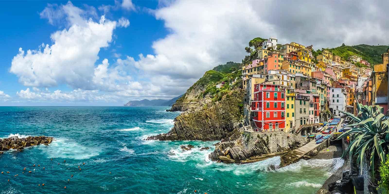 Colourful town of Riomaggiore on the Cinque Terre